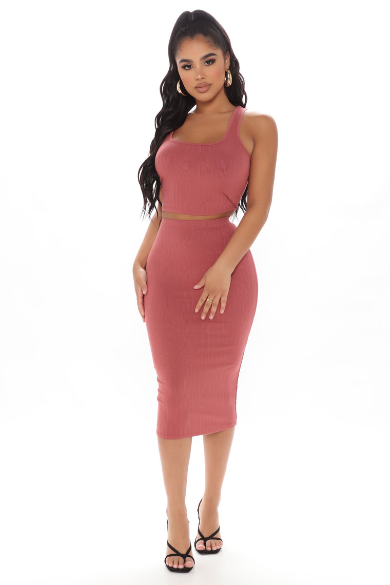 Picking You Up Skirt Set - Mauve