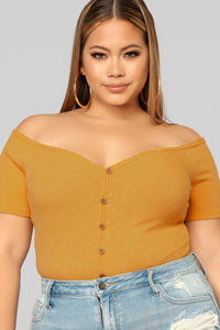 Good Things Off Shoulder Bodysuit - Mustard