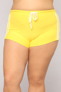 Play A Game Of Tennis Short Set - Yellow/White