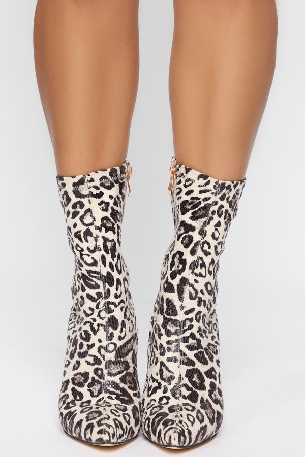 509f9b4d969 In The Shadows Booties - White Leopard