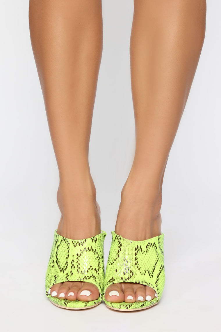 Step To It Heeled Sandal - Green Snake