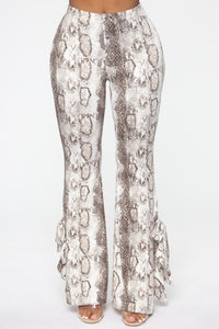 Queen Of The Jungle Flare Pants - Snake Angle 4