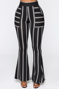 Don't Underestimate Me Flare Pants - Black/White