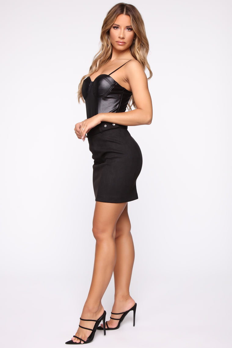 Sweet Dreams Belted Mini Skirt - Black