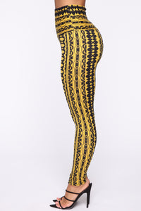 Ashley High Rise Print Leggings - Yellow Multi Angle 4