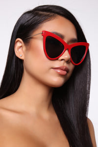 Highway Run Sunglasses - Red Angle 1
