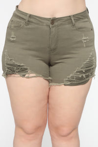 You Got Me Distressed II Shorts - Olive