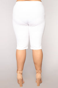 Valentina Ribbed Biker Shorts - White