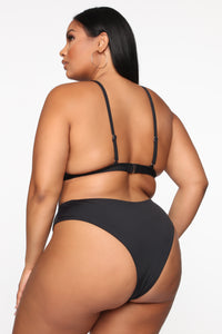 Keep You Relevant Bikini Set - Black