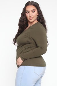 Daisy Scoop Neck Long Sleeve Top - Olive