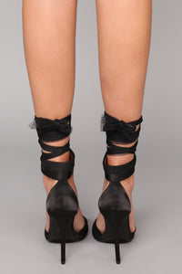 If I Won't Let Go Heel - Black