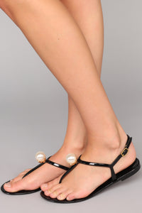 Master The Art Sandals - Black
