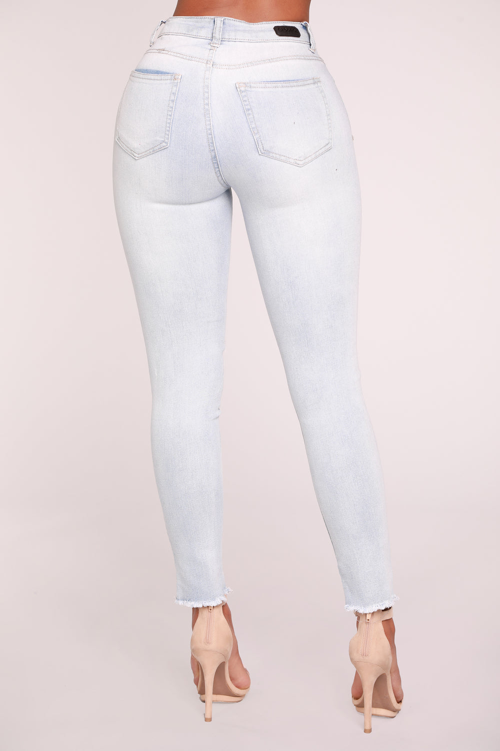 Sky Walker Ankle Jeans - Light