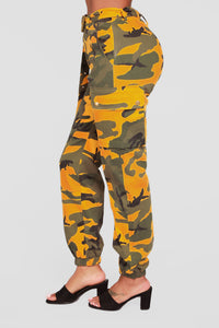 Listen To My Commands Cargo Pants - Yellow
