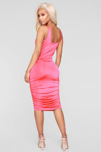 Back It Up Dress - Fuchsia