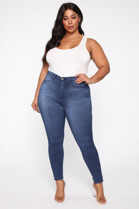 Eva Super Soft Curvy Skinny Jean - Medium Wash Angle 9