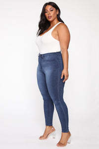 Eva Super Soft Curvy Skinny Jean - Medium Wash Angle 10