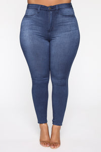 Eva Super Soft Curvy Skinny Jean - Medium Wash Angle 8