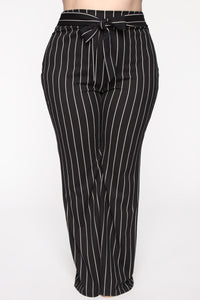 Playing Flare Tie Waist Pants - Black/White Angle 8