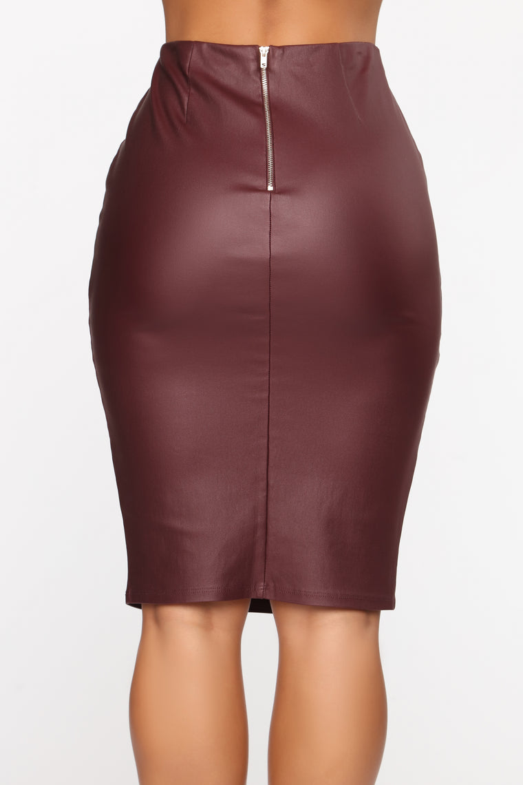Won't Let You Down Skirt - Burgundy