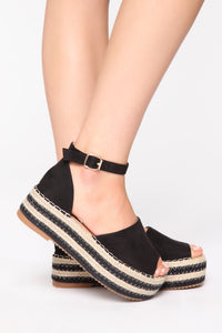 The Right Balance Flat Sandals - Black