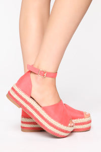 The Right Balance Flat Sandals - Coral