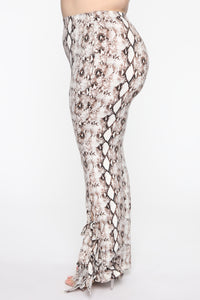 Queen Of The Jungle Flare Pants - Snake Angle 9