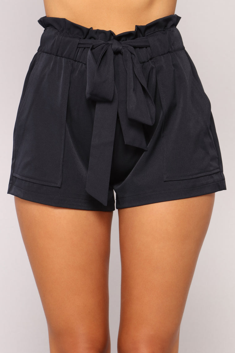 Turn The Beat Around Shorts - Navy