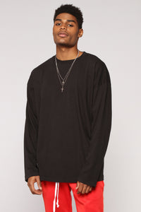 Essential Oversize Long Sleeve Tee - Black Angle 2