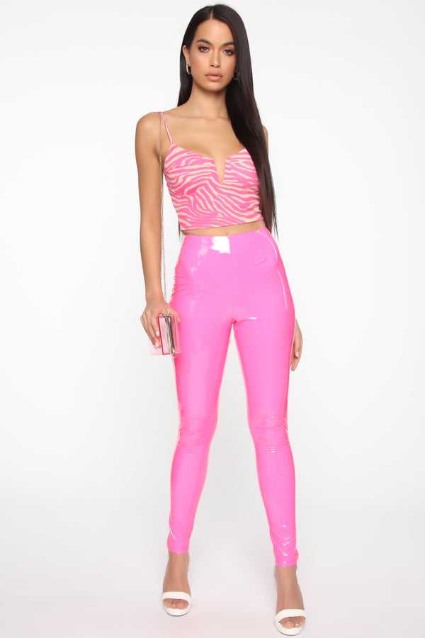3040f8305 Out Of Sight Cropped Top - Fuchsia Combo