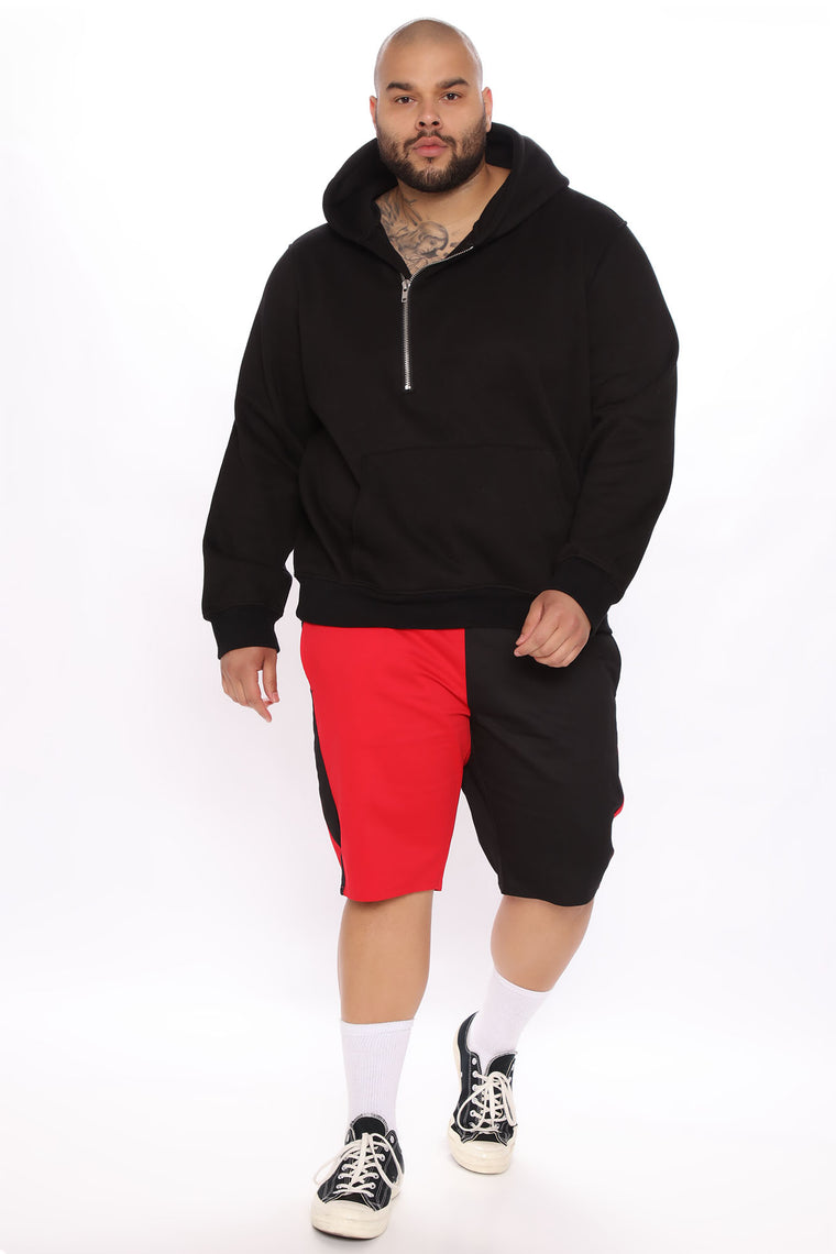 Split Travis Twill Short - Black/Red