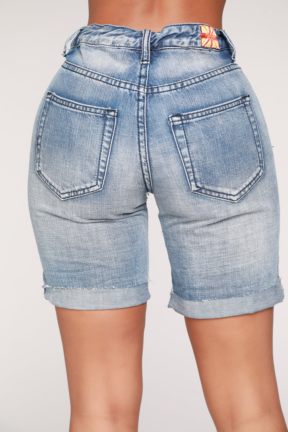 Caitlin Boyfriend Bermuda Shorts - Light Blue Wash