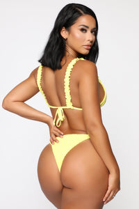 Busy Tanning 2 Piece Swimsuit - Yellow