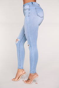In The Clouds Skinny Jeans - Light Blue Wash Angle 4