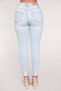 Center Of My Universe Distressed Jeans - Snow Blue