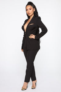 Style Entrepreneur Cut Out Suit Set - Black