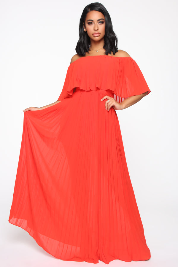 2852ed3cf06 Match In Heaven Pleated Maxi Dress - Tomato Red