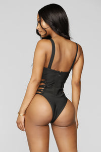 Situationship Swimsuit - Black