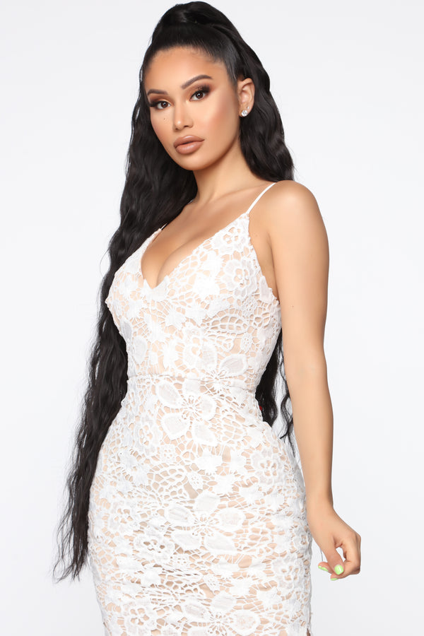 5402dff8152e4 Truly Stunning Crochet Gown - Ivory