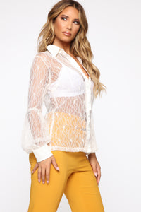Leonore Balloon Sleeve Top - Ivory Angle 3