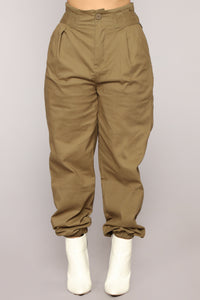 Do It Myself Cargo Pants - Olive