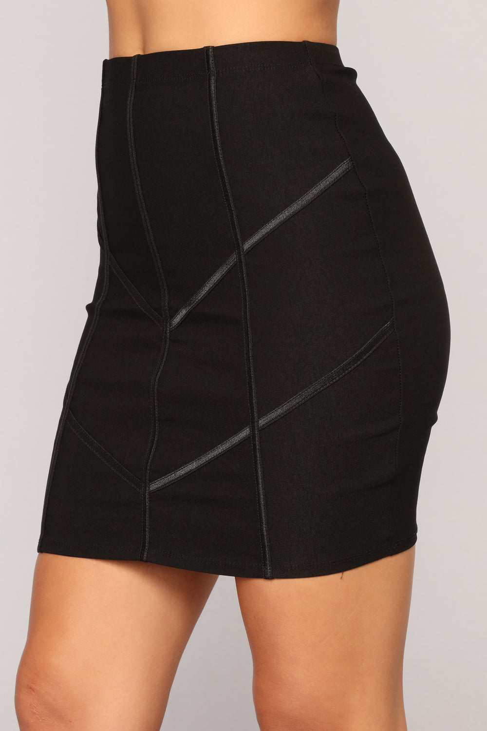Empire State Of Mind Skirt - Black