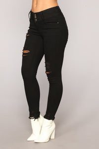 Needing Your Love Distressed Jeans - Black