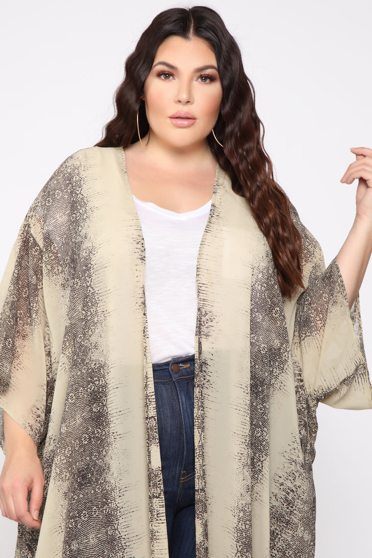 She's Wild For You Kimono - Tan/Combo