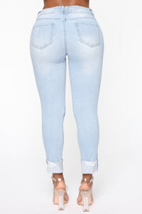 Carrie High Rise Jeans - Light Blue Wash Angle 6