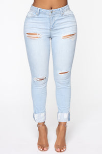 Carrie High Rise Jeans - Light Blue Wash Angle 2