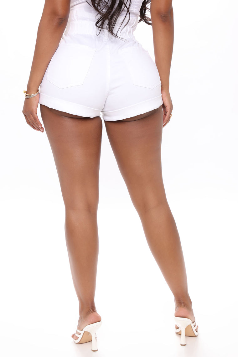 Bottoms Up High Rise Short - White