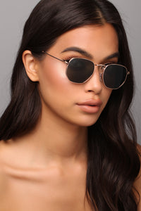 Color My World Sunglasses - Black/Gold