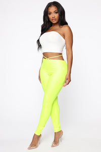 Crossing Paths Reflective Leggings - Neon Yellow