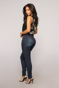 Make It Bounce Booty Shaping Jeans - Dark Denim